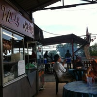 Photo taken at Willy Satay by Mohd Nadzim M. on 5/3/2012