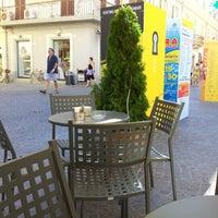 Foto scattata a Caffe' del Corso da Paola R. il 8/21/2012
