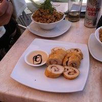 Foto tomada en Sushi House por Christian V. el 4/29/2012