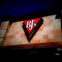 Photo taken at BJ's Restaurant and Brewhouse by Skeebo R. on 3/23/2012