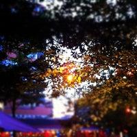 Das Foto wurde bei Südblock von Simson P. am 6/17/2012 aufgenommen