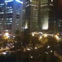 Foto diambil di Le Méridien Jakarta oleh meuthia a. pada 3/16/2012