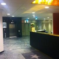 Photo taken at Elite Palace Hotel by Dongjun L. on 4/8/2012