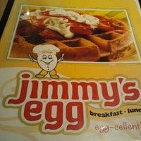 Photo taken at Jimmy's Egg by Szetorri T. on 3/12/2012