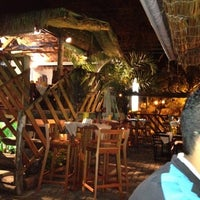 Photo taken at Quintal Restaurante, Bar e Lounge by Gláucio on 8/8/2012