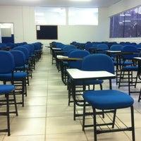 Foto tirada no(a) Faculdade Cambury por Lilian F. em 8/25/2012