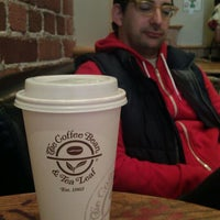 Photo taken at The Coffee Bean & Tea Leaf by Siv on 2/26/2012