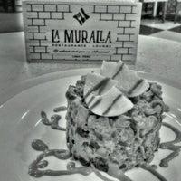 Photo taken at Restaurante La Muralla (Sucursal Jr. Junin) by Joan P. on 8/21/2012