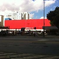 Photo taken at Extra Hiper by Rafael L. on 5/18/2012