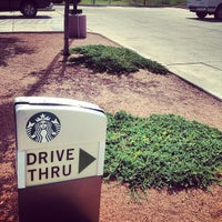 Photo taken at Starbucks by Mervin M. on 9/13/2012