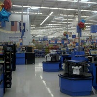 Photo taken at Walmart Supercenter by Iyat B. on 5/13/2012