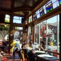 Das Foto wurde bei Caffe Trieste von Silvia am 8/2/2012 aufgenommen