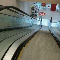 Photo taken at Bridgewater Centre by ddoes1 on 3/14/2012