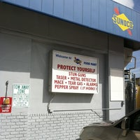 Photo taken at Sunoco Food Mart by ♣♧♥♡ Stephanie H. on 3/2/2012