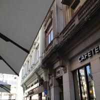Foto tirada no(a) Praza de Santo Domingo por Marta B. em 8/17/2012