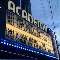 Снимок сделан в Academy Theater пользователем DeviousRex 2/10/2012