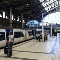 Photo taken at Platform 5 by Matthias H. F. on 7/13/2012