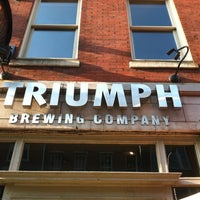 Photo prise au Triumph Brewing Company par Kate S. le8/16/2012