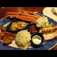 Photo taken at Red Lobster by Don M. on 5/21/2012