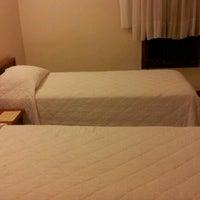 Foto tirada no(a) Hotel Embaixador por Paulo R. em 7/25/2012