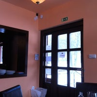 Das Foto wurde bei Bohém Cafe&Grill von Victor S. am 2/12/2012 aufgenommen