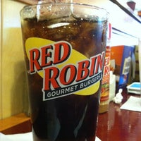 Photo taken at Red Robin Gourmet Burgers by Kyle L. on 5/9/2012