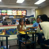 Photo taken at Burger King by Pbro. Lic. Juan Ramon H. on 6/28/2012