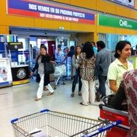 Photo taken at Homecenter Sodimac by Jose M. on 2/22/2012