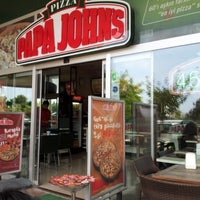 Foto tomada en Papa John's Pizza por Pervez S. el 6/6/2012