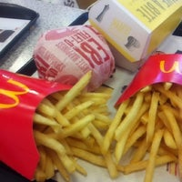 Photo taken at McDonald's by Morningglory W. on 3/12/2012