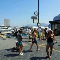 Foto scattata a Porto Turistico di Capri da Federico M. il 8/18/2012