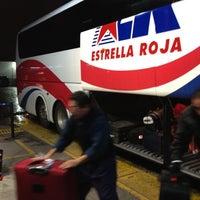 Foto tomada en Terminal Estrella Roja 4 Poniente por Inti A. el 7/25/2012