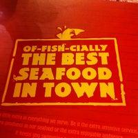 Foto tirada no(a) The Manhattan Fish Market por Octarina E. em 7/28/2012
