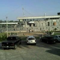 Photo taken at Mariscos El Bayo by Gillberto P. on 7/20/2012