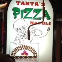 Снимок сделан в Tanta's Thai Restaurant пользователем Kwz K. 4/23/2012