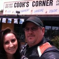 Foto tomada en Cook's Corner por Rob V. el 5/4/2012