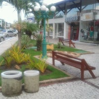 Photo taken at Shopping Ouro Verde by Mário Cezar S. on 2/25/2012
