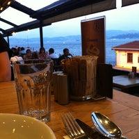 7/16/2012 tarihinde Taş Kahve E.ziyaretçi tarafından Taş Kahve Cafe & Restaurant'de çekilen fotoğraf