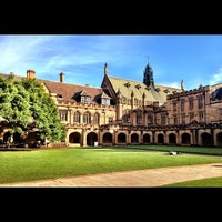Photo taken at Main Quadrangle by 高手놀리밑™ on 4/28/2012