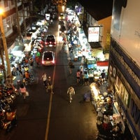 Photo taken at Night Food Stall Street by แสนดี ต. on 3/6/2012