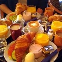 Das Foto wurde bei Café Tin Tin Tango von Heikki K. am 3/4/2012 aufgenommen