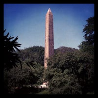 6/27/2012 tarihinde Scott K.ziyaretçi tarafından The Obelisk (Cleopatra's Needle)'de çekilen fotoğraf
