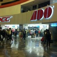 Foto tomada en Terminal de Autobuses de Pasajeros de Oriente (TAPO) por Jorge F. el 8/3/2012
