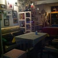 Photo taken at สเต็กบาหลี by icezii c. on 3/28/2012