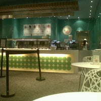 Photo taken at Pinkberry by Maria R. on 9/7/2012