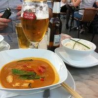 Photo taken at YAM YAM Thai Food & Café by Espen P. on 4/27/2012