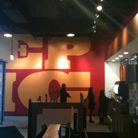 Foto scattata a Epic Burger da Jake S. il 2/20/2012