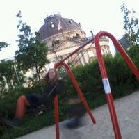 5/17/2012 tarihinde Olga H.ziyaretçi tarafından Monbijoupark'de çekilen fotoğraf