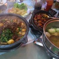 Photo taken at Mandala Chinese Restaurant by Desy P. on 3/31/2012
