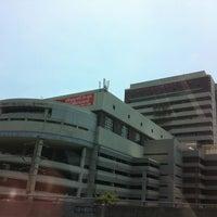Photo taken at Bangkok University by (‵▽′)ψⓇⓊⓈⒽνεε🚲 on 5/1/2012